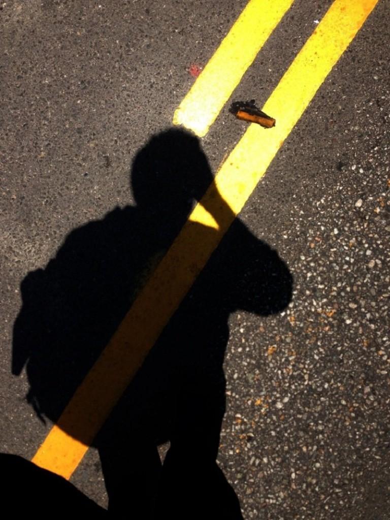 قطع الشارع دون المشي على ممر المشاة!