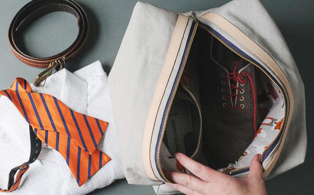 حقيبة للأحذية