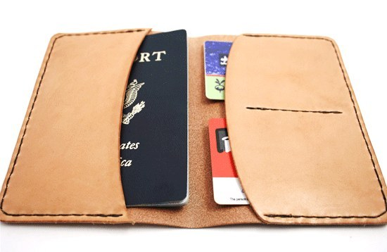 محفظة خاصة لجواز السفر