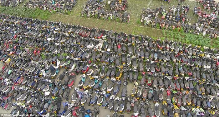 مقبرة الدراجات والسيارات في الصين2