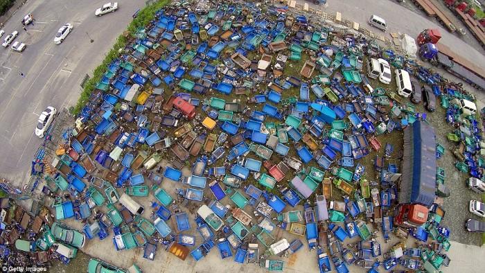 مقبرة الدراجات والسيارات في الصين4