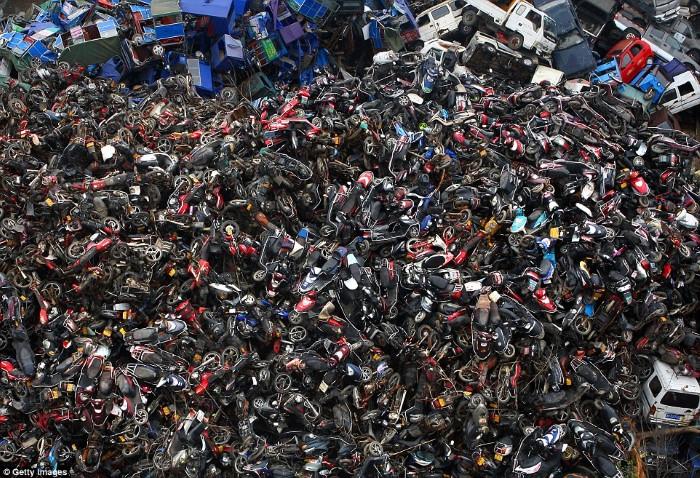 مقبرة السيارات والدراجات في الصين