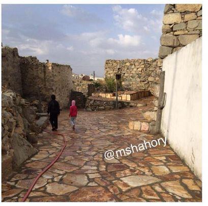 هيئة السياحة ترمم قرية بني مشهور في النماص