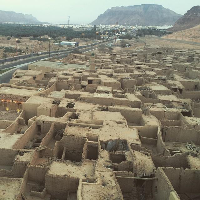 صور: مدينة العلا القديمة كنز تاريخي وتراثي