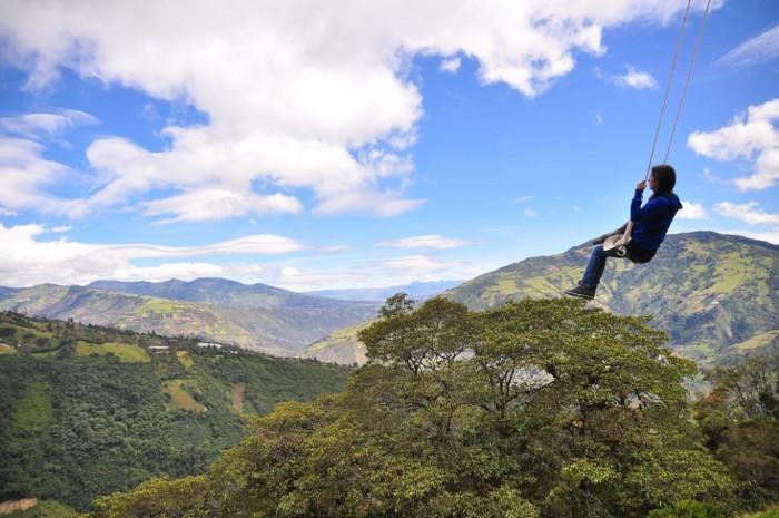 أرجوحة فوق الجبال
