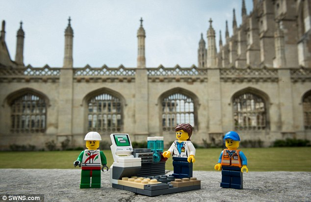 جامعة كامبريدج تسعى لتوظيف بروفيسور ليجو