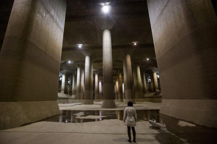 قنوات الصرف تحت سطح الأرض في اليابان
