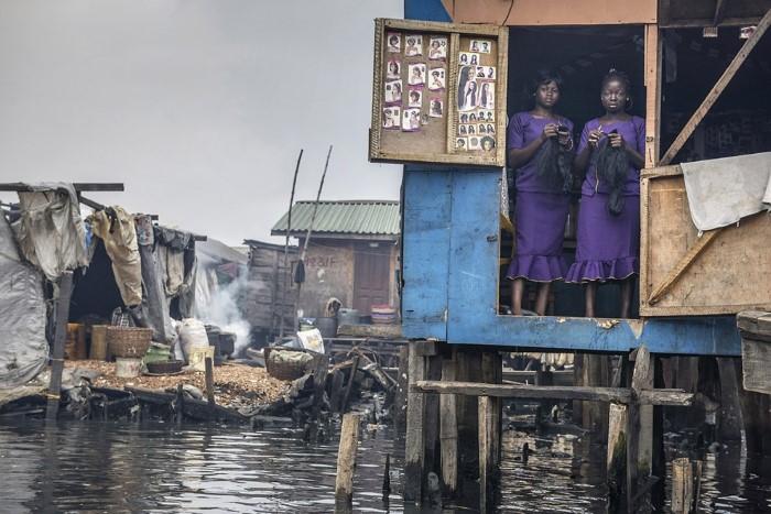صالون تجميل، لاغوس، نيجيريا،