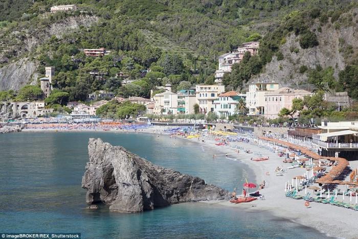 شاطئ مونتيروسو - تير سينك، إيطاليا