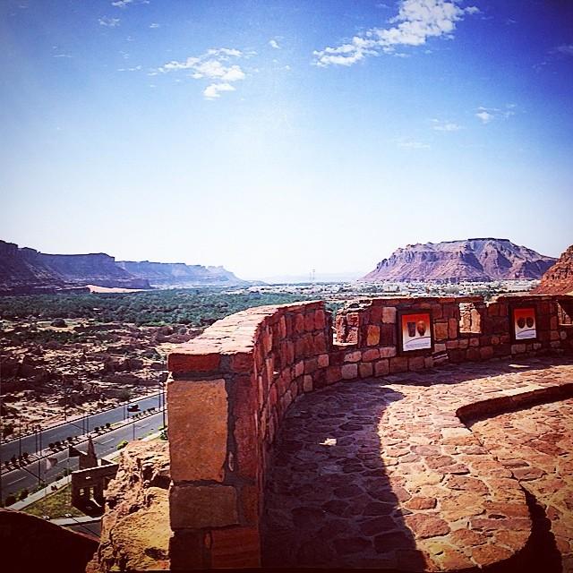 صور جميلة لمدينة العلا الأثرية