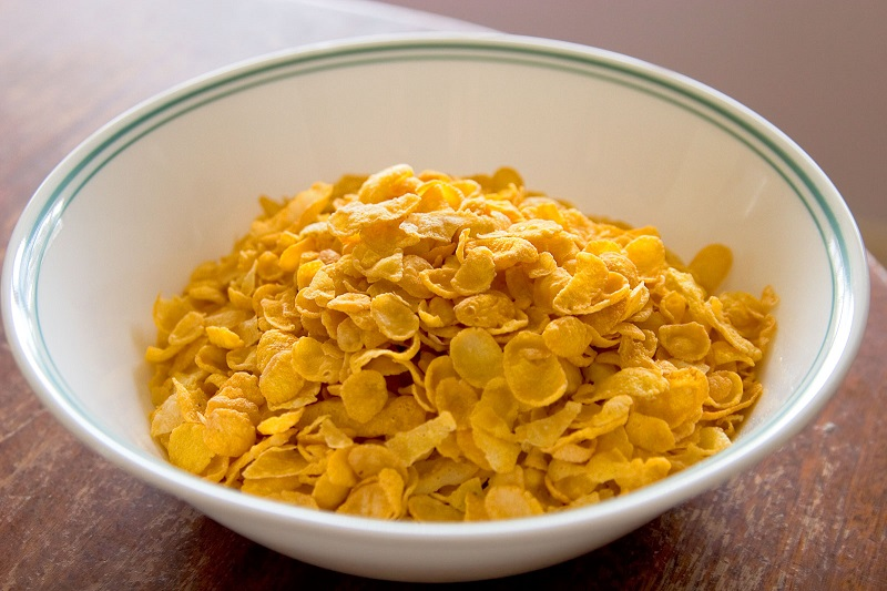 Cornflakes_in_bowl