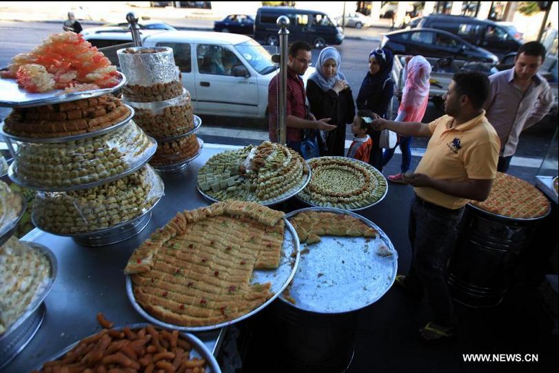 احتفالات عيد الفطر السعيد في العالم