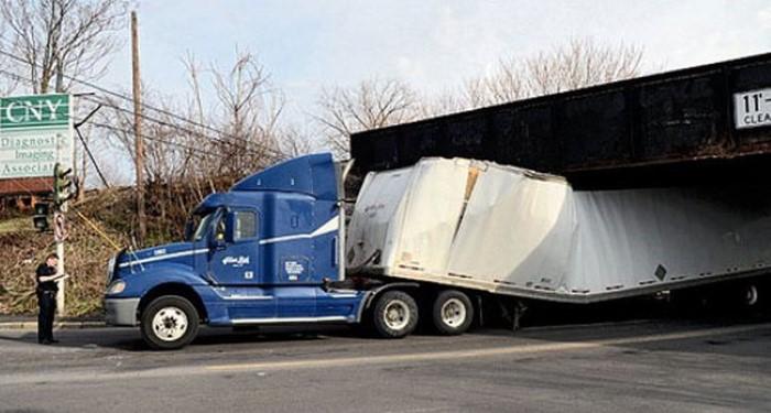 حوادث الشاحنات6