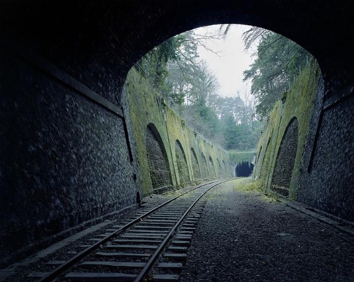 سكة قطارات مهجورة