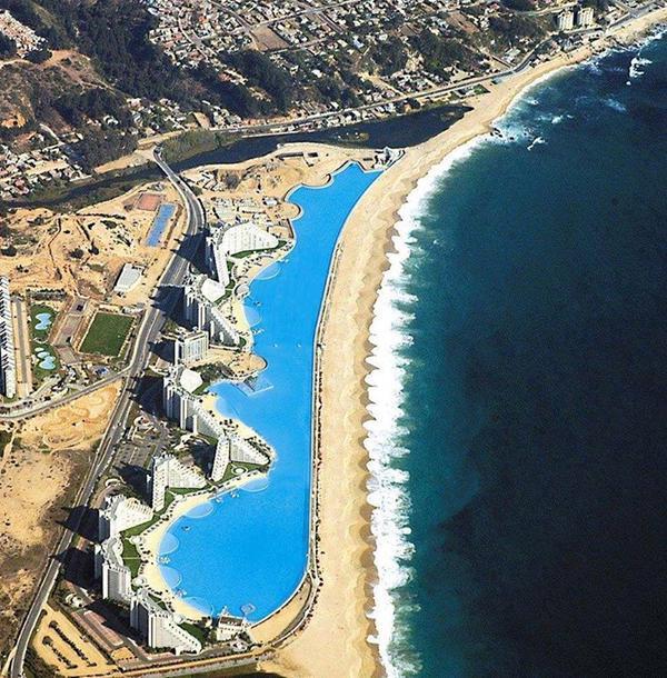 أكبر بركة سباحة كريستال لاقون