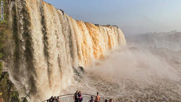 صورة رائعة لشلالات اغوازو