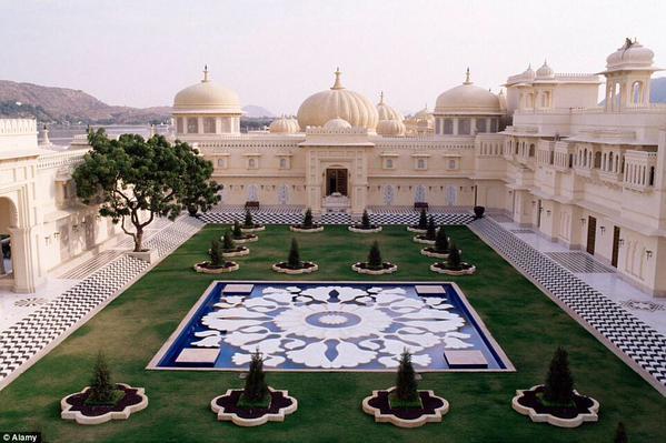 أحد أفخم منتجعات الهند ذات الطابع المعماري الإسلامي.