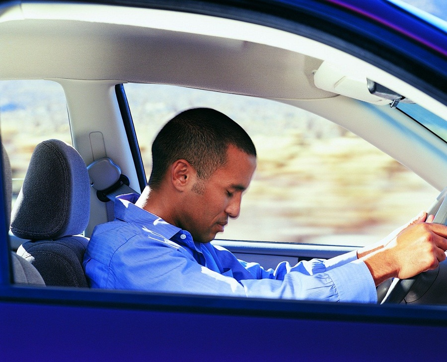 قيادة السيارة خلال النوم