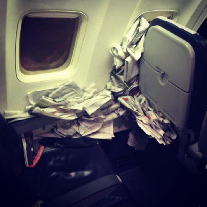 قمامة في طائرات السفر