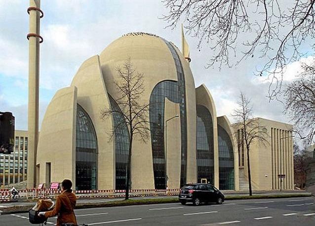 21-أحدث-تصاميم-المساجد-في-العالم