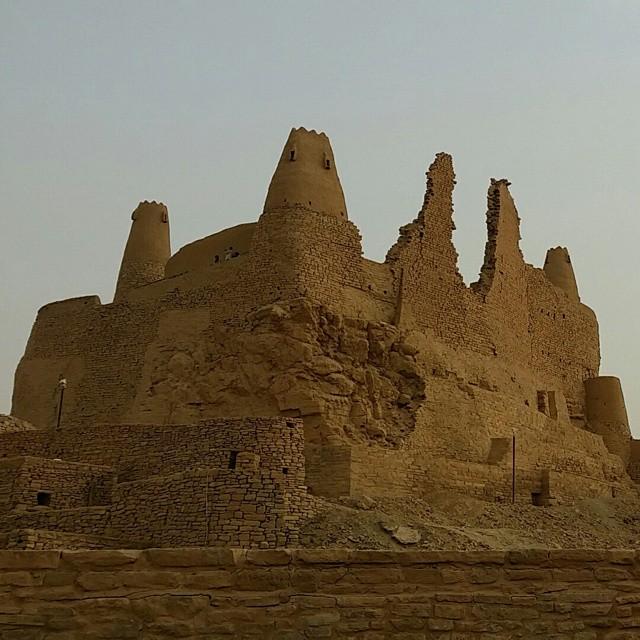 مارد قلعة أثرية في دومة الجندل