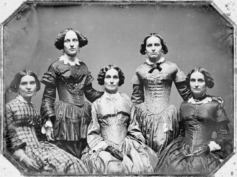 نساء عائلة كلاري