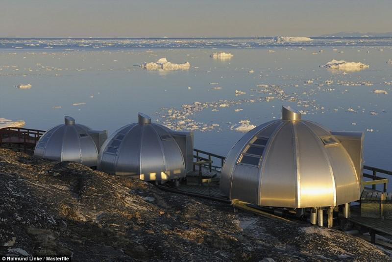 أكثر الفنادق انعزال في جرينلاند
