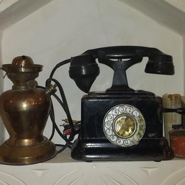 هاتف منزلي قديم