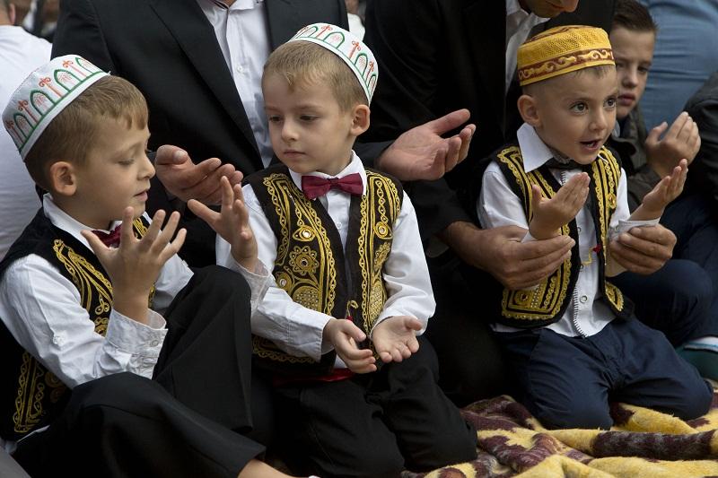 أطفال في كوسوفو