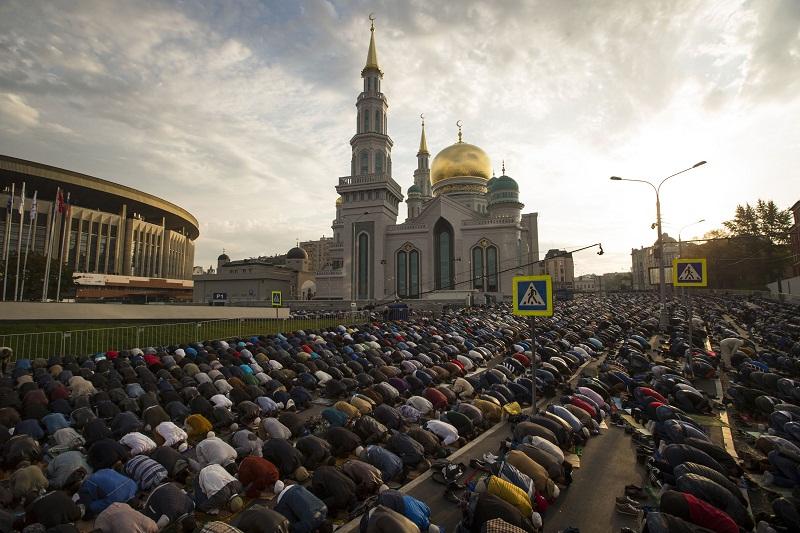 صلاة العيد بروسيا