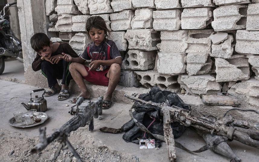 أطفال سوريون