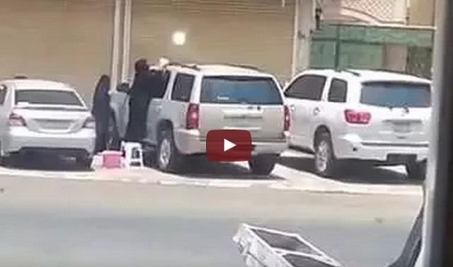 فيديو غسيل سيارة