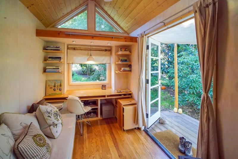 منازل صغيرة وسط الطبيعة