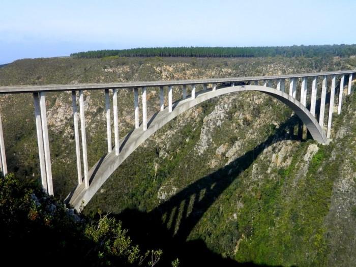 جسر خطير