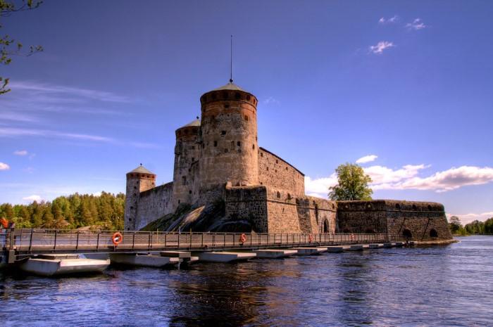 قلعة أثرية قديمة