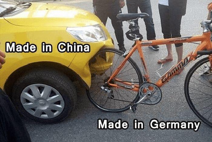 حادث سيارة مع دراجة هوائية