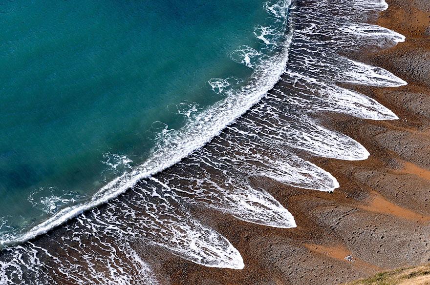 الأمواج بجزيرة دورست