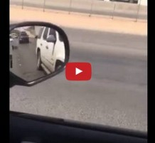 فيديو طفل يسوق