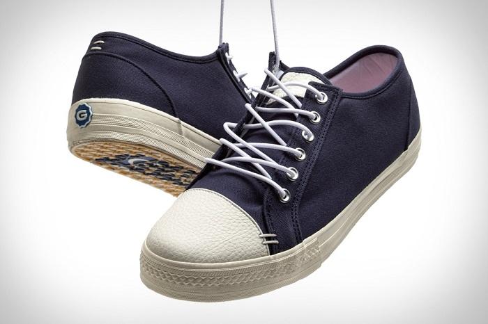 أحذية المشي
