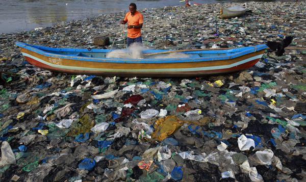 النفايات بمومباي
