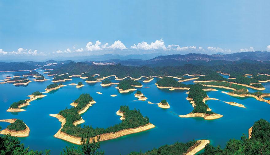 بحيرة الألف جزيرة