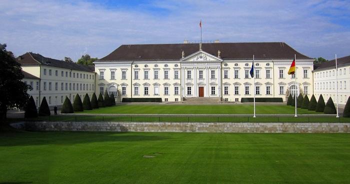 قصر بيلفو