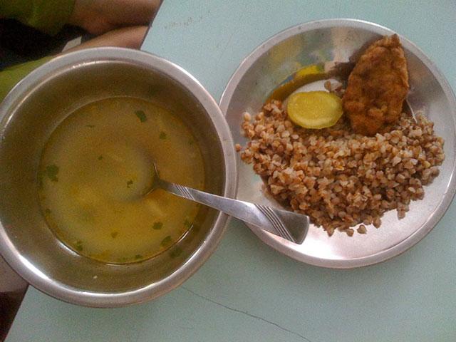 طعام مدارس أوكرانيا