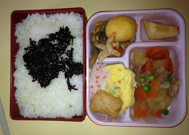 طعام مدارس اليابان