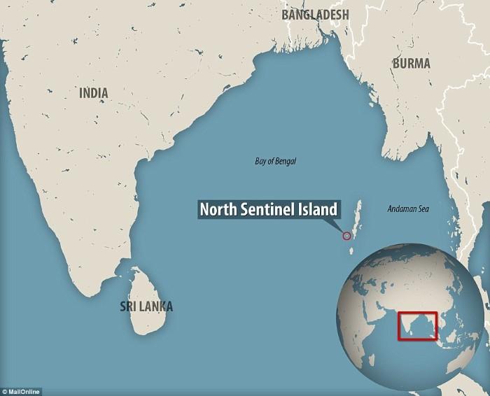 الجزيرة معزولة في البحر