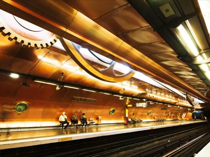 محطة إت ميتيرس في باريس
