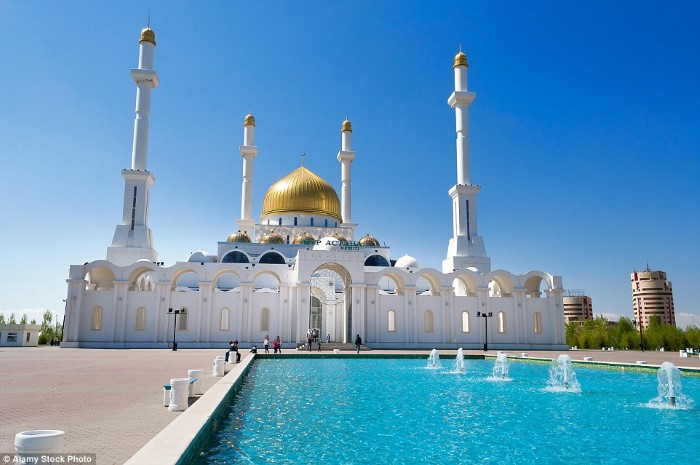 مسجد نور أستانا