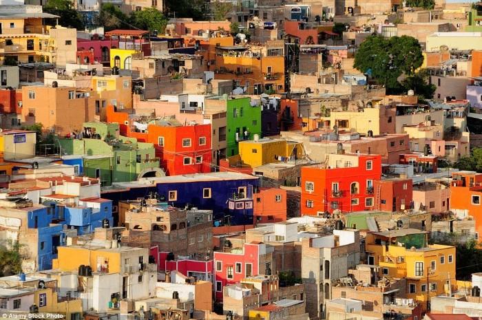 البيوت الملونة المكسيك