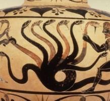 الوحوش الأسطورية القديمة