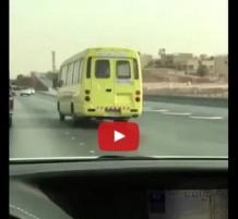 فيديو سائق متهور